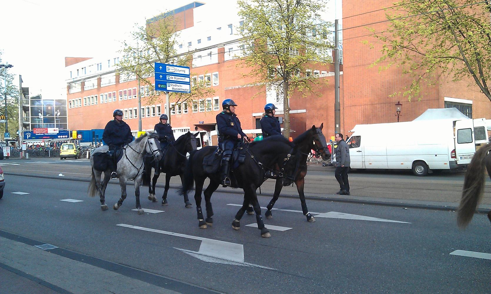 Veel politie maar geen demonstranten